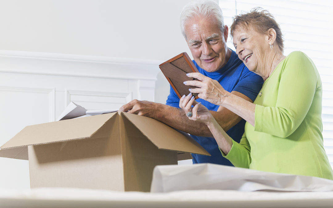 Downsizing Tips for Transitioning to Senior Living Apartments