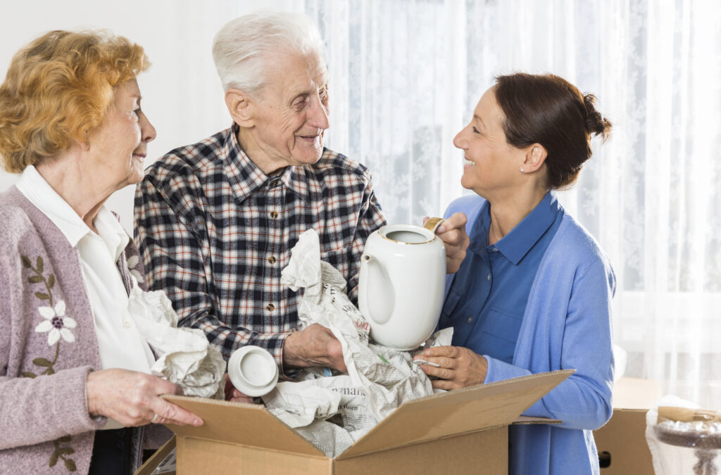 Tips to Easing the Transition of Moving a Parent to Memory Care